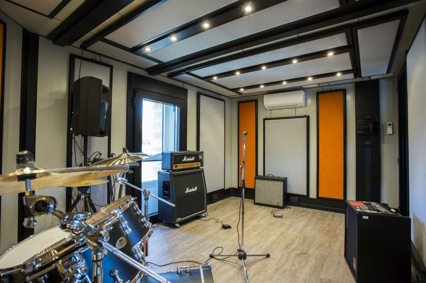 Il portale della musica del mugello la sala prove del centro civico a barberino il portale - Sala insonorizzata ...
